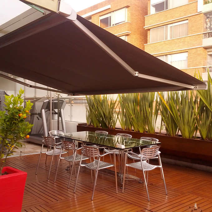 Brasilia Europa Retractable Awning Image